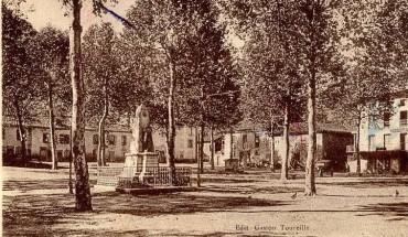 Seix. Le monument aux morts