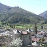 Seix. Le château et la montagne du Mirabat