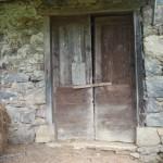Grange foraine. détail de la porte
