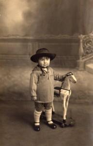 Paul Broué enfant