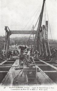 Saint Girons. Pont de chemin de fer sur le Salat