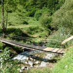 Vallée d'Estours. Passerelle de bois