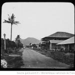 Sumatra. La grande rue d'Oulélé