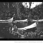Sumatra. Notre flote sur la rivière Plus